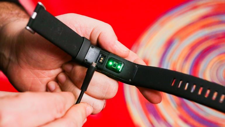 le bracelet connecté Fitbit